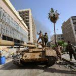 Libia, attacco al cuore <br>della mezzaluna petrolifera