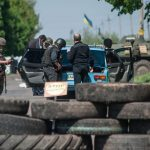 """Il fortino ribelle assediato: """"Siamo russi, non terroristi"""""""