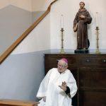 Libia, il vescovo di Tripoli nel mirino dei tagliagole