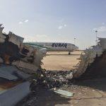 Tripoli, l'aeroporto distrutto: qui ha inizio la guerra civile