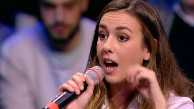 au0202_21_AlessandraVsMarino