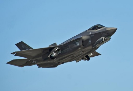 Un caccia F-35A prodotto dalla Lockheed Martin.  REUTERS/U.S. Air Force photo/Randy Gon/Handout