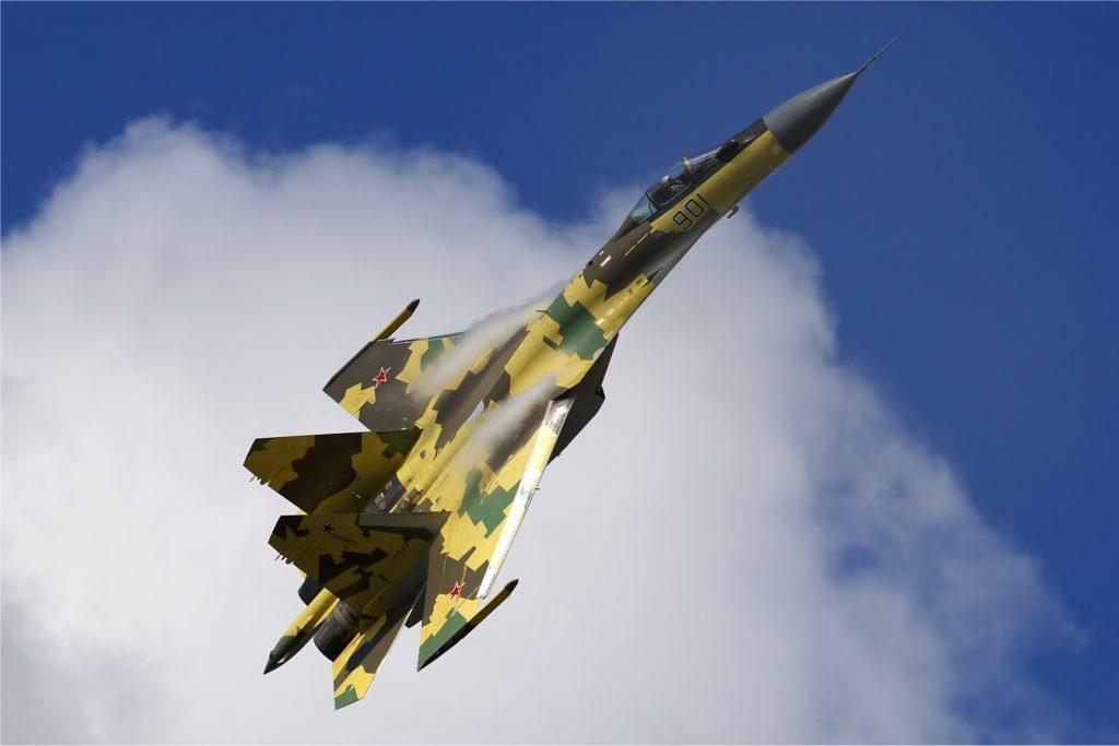 Russian_Air_Force_Sukhoi_Su-35_Belyakov