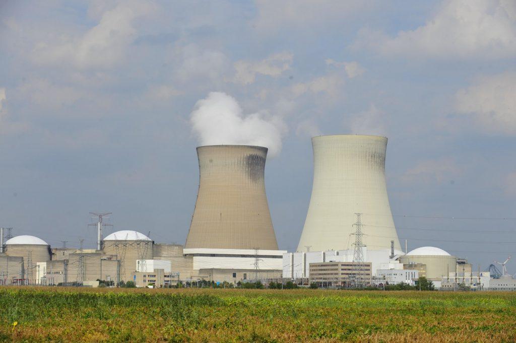 Centrali nucleari specchi per allodole gli occhi della guerra - Specchi per allodole ...