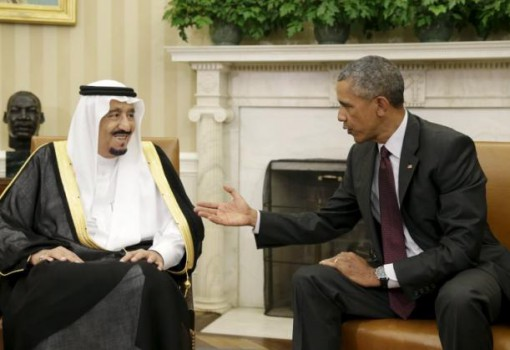 U.S. President Barack Obama (R) meets with Saudi King Salman bin Abdulaziz in the Oval Office of the White House in Washington September 4, 2015. REUTERS/Gary Cameron