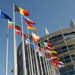 Sanzioni per tutti, ma l'Ue ci perde