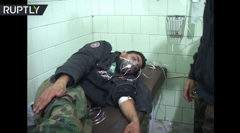 Uno soldato intossicato ad Aleppo oves