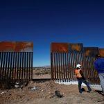 Migranti, l'Argentina vuole il muro