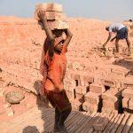 India, milioni di bambini sfruttati