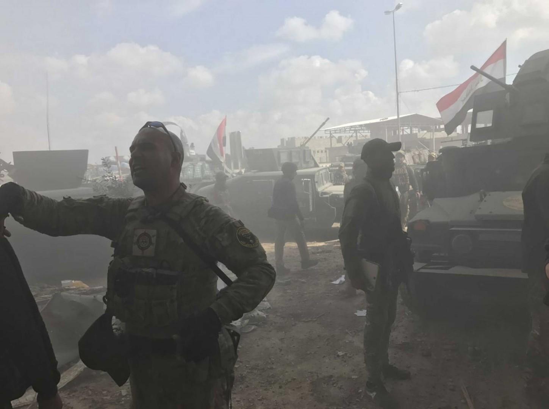 APERTURA_Il fumo dopo l'esplosione sulla posta di un razzo sulla postazione irachena al terzo ponte sul Tigri IMG_6090