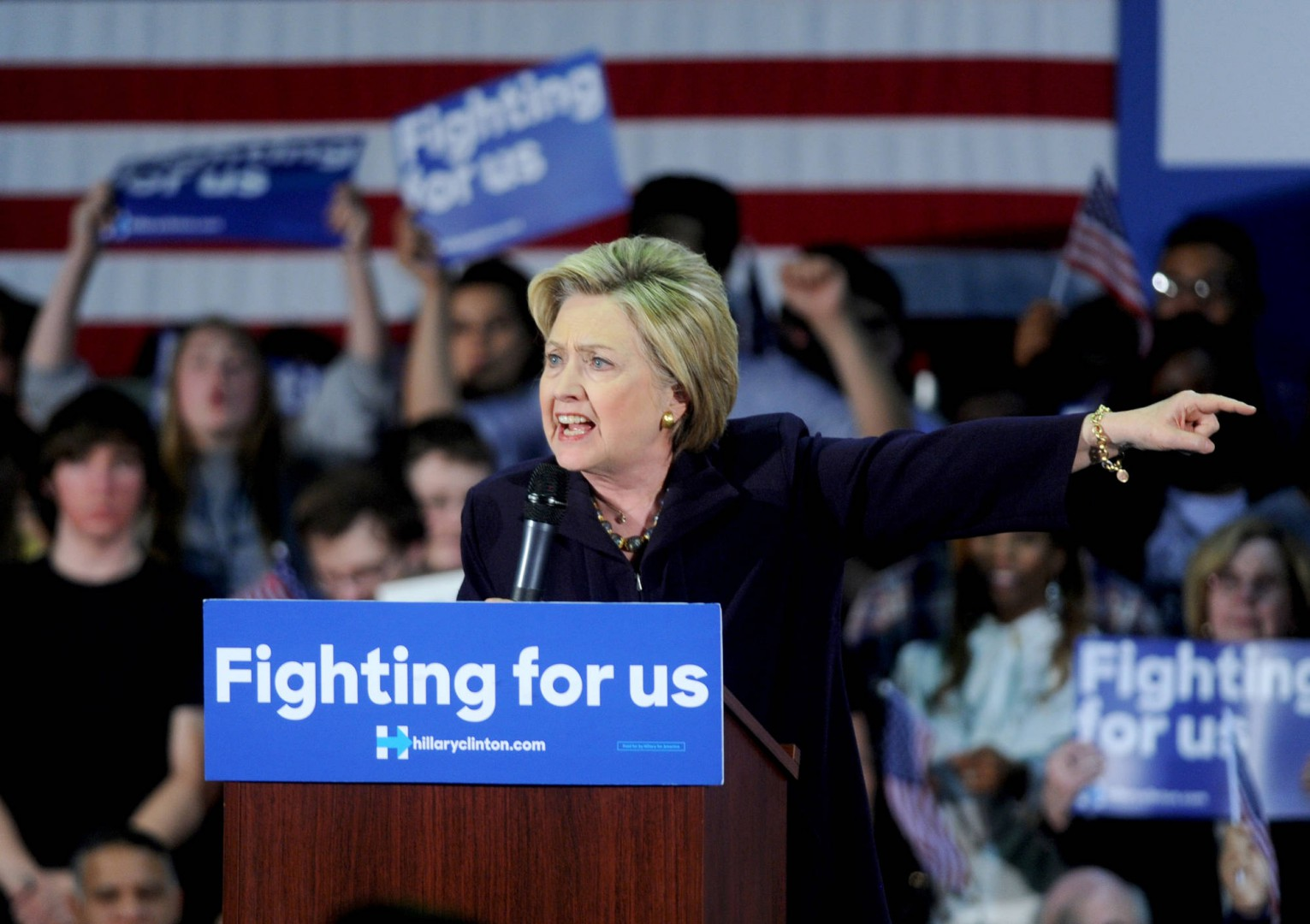 DEMOCRATIC PRESIDENTIAL CANDIDATE HILLARY CLINTON SPEAKS AT A CAMPAIGN EVENT AT CAMDEN COUNTY COLLEGE ON MAY 11, 2016 IN BLACKWOOD, NJ, USA. RESIDENTS OF NEW JERSEY WILL VOTE IN THE DEMOCRATIC PRIMARY ON JUNE 7, 2016. PHOTO BY DENNIS VAN TINE