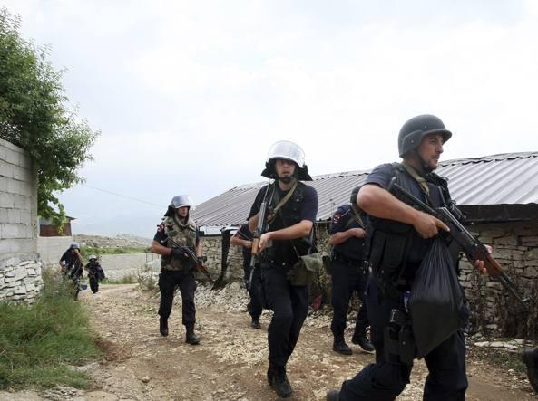 Polizia albanese / Reuters