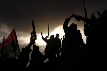 1424431903-libia-combattenti (1)