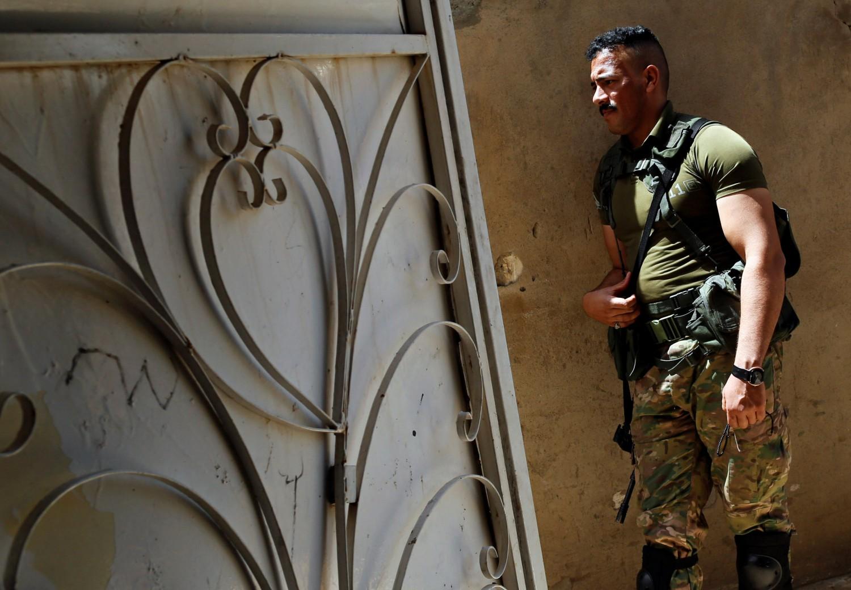 I combattenti dell'Sdf nella città di Tabqa, da poco strappata all'Isis