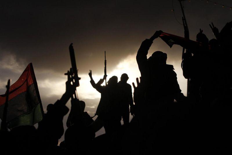 1424431903-libia-combattenti