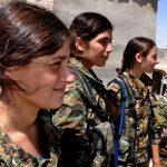 Le donne yazide contro le bandiere nere