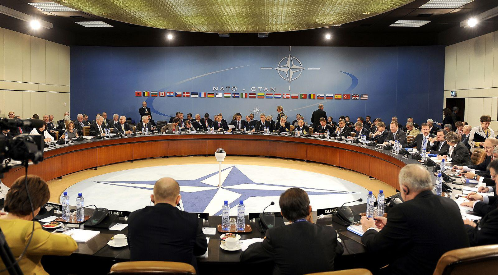 1490691857-nato-ministers-defense-and-foreign-affairs-meet.jpg