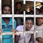 Viaggio nell'inferno dei lager libici dove gli immigrati vivono in schiavitù