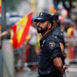 I reparti d'élite della Guardia Civil pronti a intervenire a Barcellona