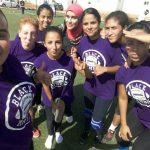 Le donne battono la jihad con il football americano