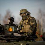 Il mistero degli attacchi hacker <br> ai telefoni dei soldati della Nato
