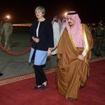 Theresa May contro Trump <br> (per portare Aramco a Londra)