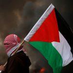 Israele bombarda la Striscia di Gaza<br> E ora Hamas vuole forzare il blocco