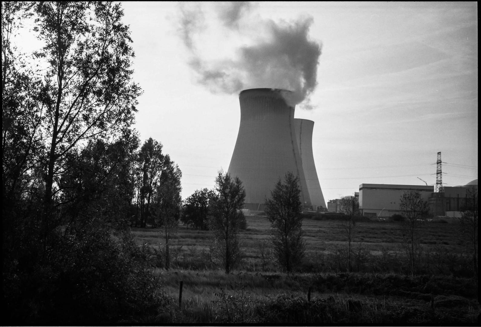 la centrale nucleare di Doel in Belgio (Foto di Ivo Saglietti)