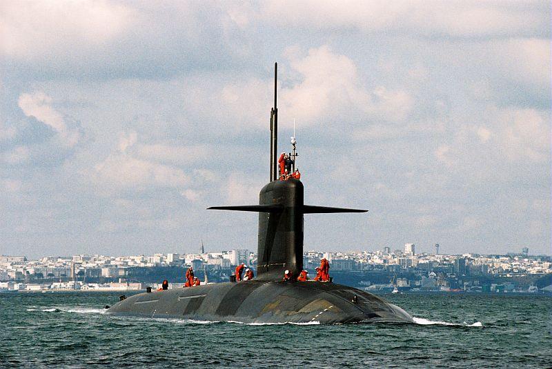 Sous-Marin Nucléaire Lanceur d'Engins / SNLE-NG type Le Triomphant Le Vigilant, vie à bord, vues intérieures.