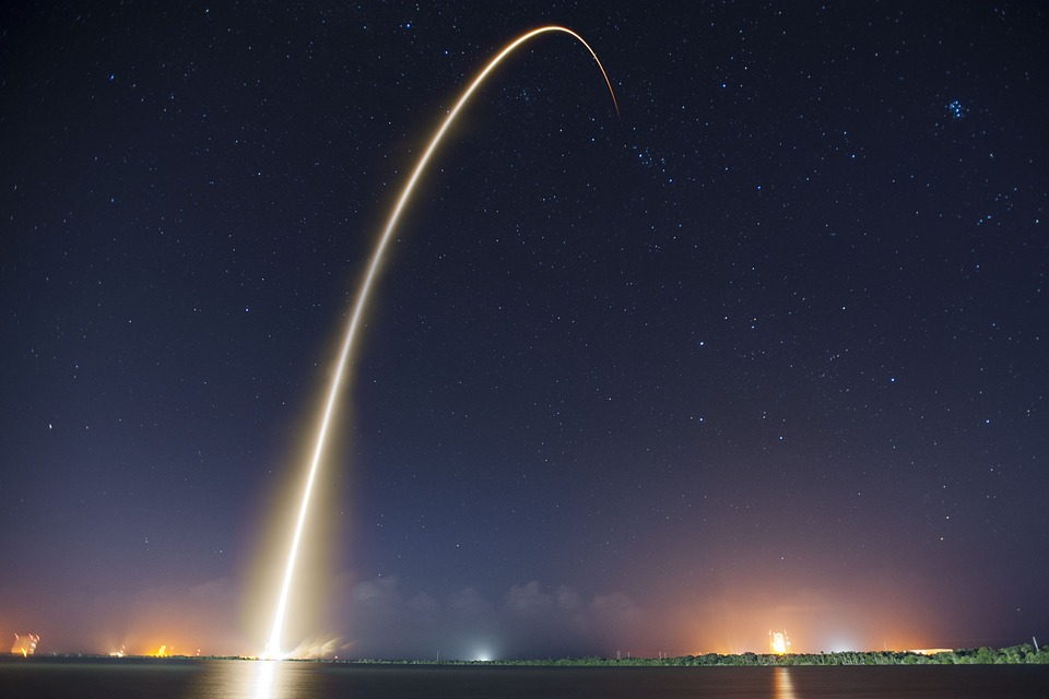 rocket-launch-693215_960_720