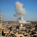 Pioggia di missili contro Damasco <br> mentre Assad bombarda la Ghouta