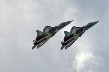Russian_Air_Force,_052,_054,_Sukhoi_Su-57_(36975276060)