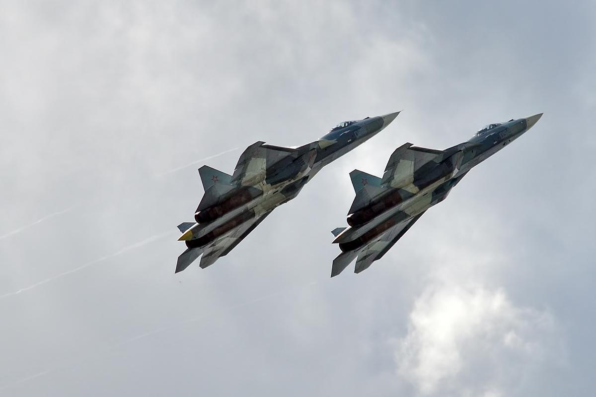 Su-57 russo (Wikipedia)