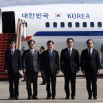 Lo storico incontro di Kim <br> con i delegati della Corea del Sud