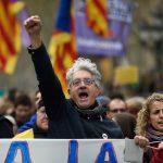 Gli errori di Rajoy e Puigdemont <br> che hanno incendiato la Catalogna