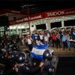 Nicaragua, scoppia la rivolta <br> sangue e manganelli sui manifestanti