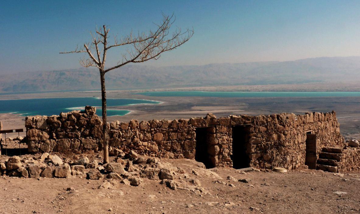 Il_mar_morto_da_Masada_-_panoramio