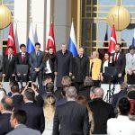 Siria, ecco cosa si è deciso<br> al vertice trilaterale di Ankara