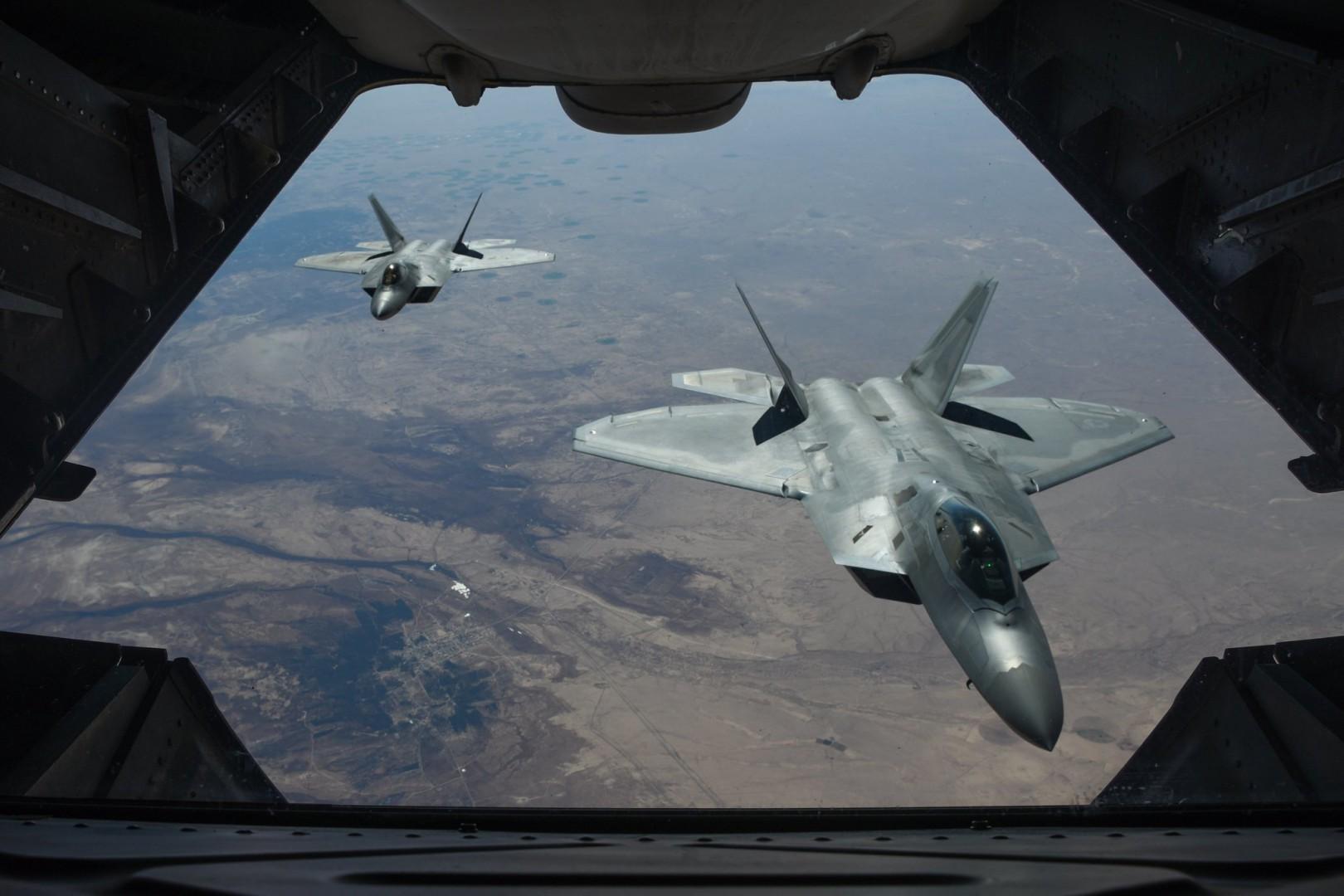 F22 americani in Siria (Us Air Force)