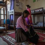 Matrimoni precoci e superstizioni: <br>la dura vita delle donne nepalesi
