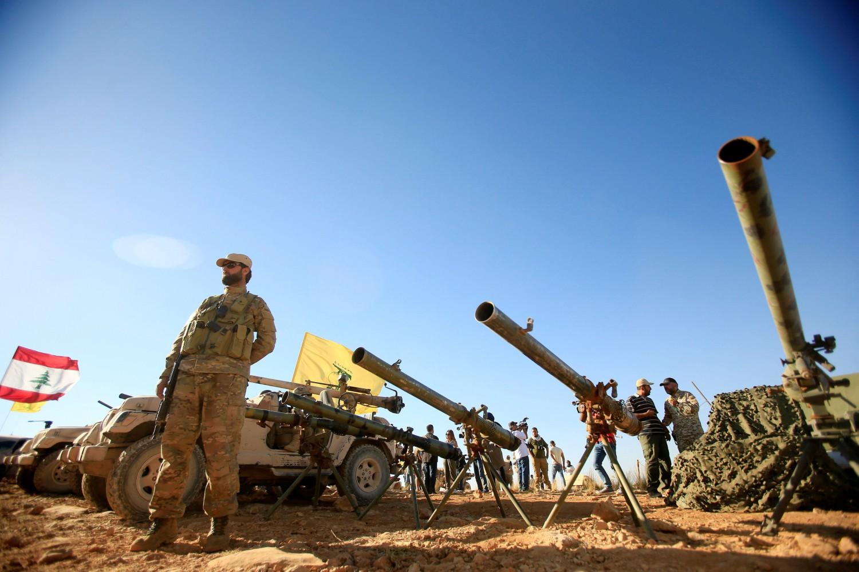 I miliziani di Hezbollah impiegati in Siria contro i ribelli e lo Stato islamico (La Presse)