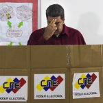 """Il Venezuela verso la carestia <br> La Chiesa: """"Elezioni non valide"""""""