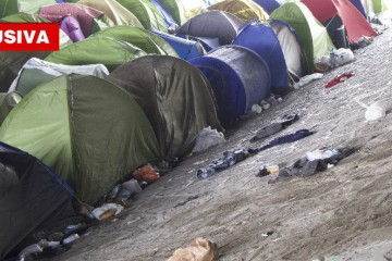 Le tende degli immigrati in pieno centro a Parigi (Eugenia Fiore)
