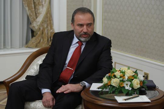 Il ministro della Difesa di Israele, Avigdor Lieberman, è l'uomo forte del governo a Gaza e in Siria