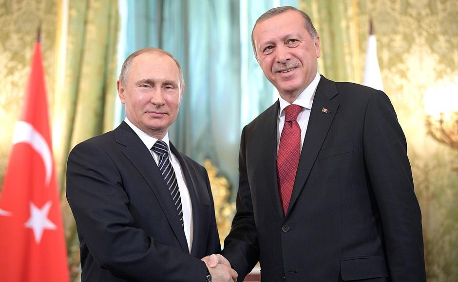 Il presidente russo Putin ha incontrato Erdogan