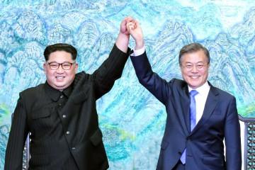 Kim Jong-un e Moon Jae-in (Getty)