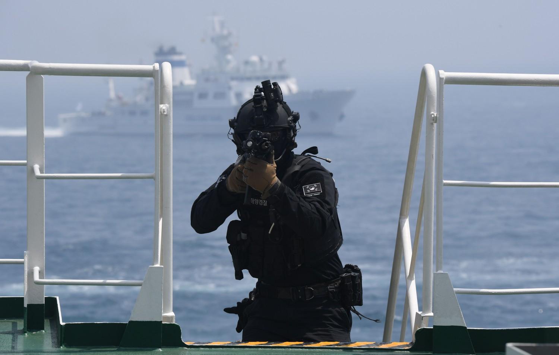 Esercitaizoni antiterrorismo in Corea (La Presse)