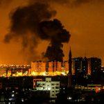 Israele bombarda ancora Gaza<br> ma nella Striscia l'obiettivo è l'Iran