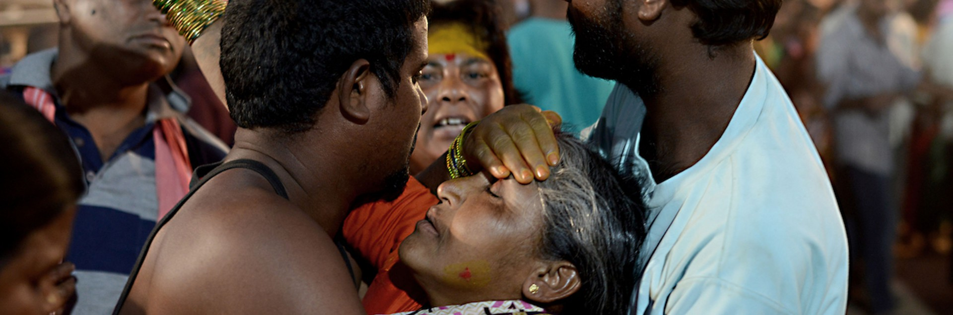 Il Sammakka Sarakka Jatara <br> tra donne in trance e animali uccisi