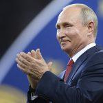 Putin muove le pedine in Europa:<br> Lavrov e Gerasimov volano a Parigi